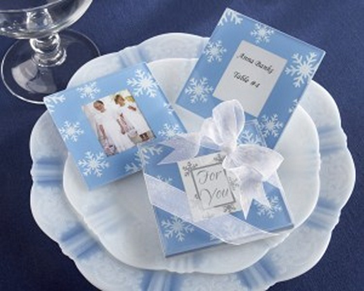 winter-theme-wedding-snowfall-glass-photo-coasters-300x240 800x600.jpg
