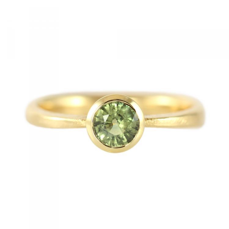 Forlovelsesring-solitaire-groen-safir.jpg