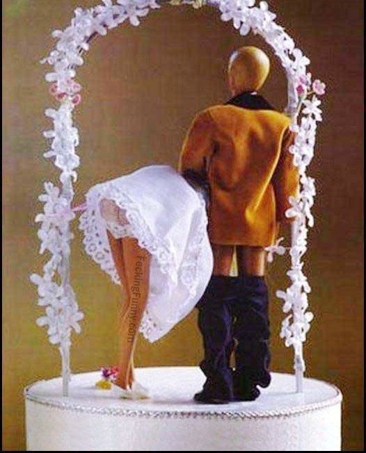 blow-job-wedding-cake.jpg